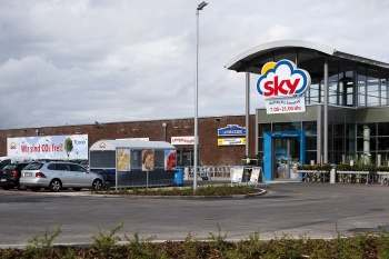 Sky-supermarkets use geomarketing solutions